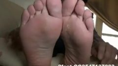 Kissable Chinese Feet